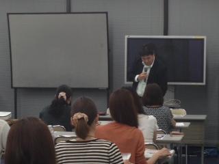 青山記者.JPG