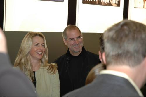 110117_1990_laurene_and_steve_jobs.jpg